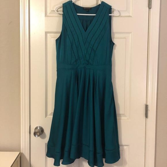 Banana Republic Dresses & Skirts - Banana Republic Dress w/ POCKETS!